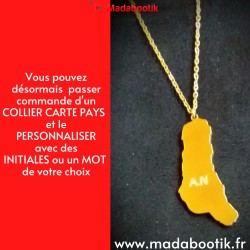 Collier carte d'un pays...